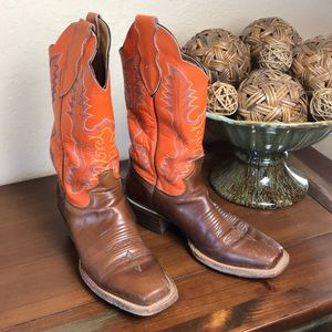 Women's Justin Western Boots Size 8B